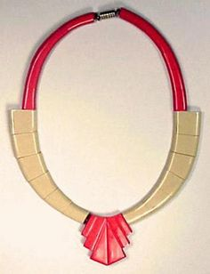 Galalith Two-Color Necklace for Sale at Auction on Wed, 11/01/2000 - 07:00 - Couture and Textiles | Doyle Auction House