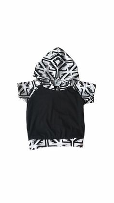 black tribal Light weight short sleeve tshirt by Allsnazziedup