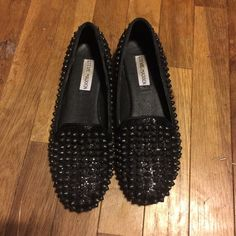 Steve Madden Flats Great condition, willing to negotiate Steve Madden Shoes Flats & Loafers