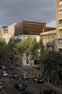 Octavio Mestre + Guim Costa | Reforma y ampliación de la Clínica Olivé Gumà. Barcelona | HIC Arquitectura
