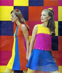 The sixties mod fashion 60s And 70s Fashion, Mod Fashion, Vintage Fashion, Fashion Trends, Lolita Fashion, Gothic Fashion, Vintage Outfits, Robes Vintage, Style 60s