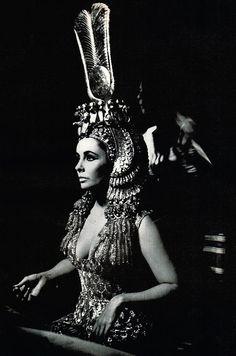 Elizabeth Taylor in Cleopathra