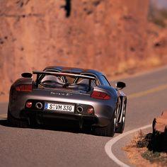 L'intramontabile fascino del Porsche Carrera #autounica