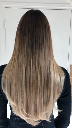 Baby blond ombré hair Long Hair Styles With Layers baby Blond Hair ombre Medium Brunette Hair, Blonde Ombre Hair, Balayage Long Hair, Straight Hair Highlights, Blonde Highlights, Dark To Light Hair, Dark Hair, Baby Blond, Hair Transformation