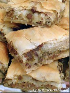 Κιμαδόπιτα με πράσα Greek Recipes, Pie Recipes, Dessert Recipes, Recipies, Greek Cookbook, Greek Pita, Spanakopita, Food Porn, Yummy Food