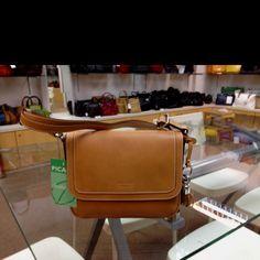 a7ff20677ef5c Picard  Virginia sling bag