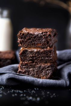 GINGERSNAP MOLASSES BROWNIES    Really nice recipes. Every hour.    Show me what you cooked!