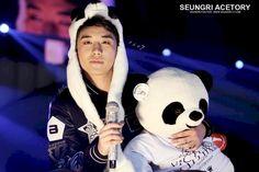 「BIGBANG」スンリ、ファンから貰ったパンダに硬直 | コリトピ | コリアトピック