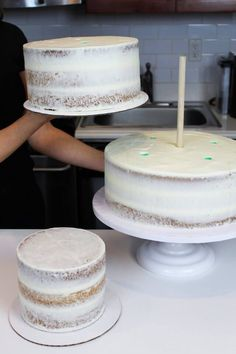 Making Your Own Wedding Cake: Should You? - Chelsweets chocolate wedding cake Making Your Own Wedding Cake Make Your Own Wedding Cakes, Diy Wedding Cake, Wedding Cake Flavors, Wedding Cake Frosting, Wedding Cake Tutorials, Wedding Cake Assembly, Making A Wedding Cake, Wedding Cake Cupcakes, Wedding Cake Recipes