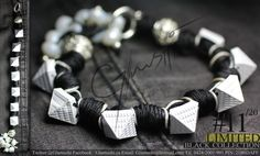 NEW COLLECTION 2012 -  Glamushi BLACK (EXCLUSIVE) Material: Plata Color: Negro & Blanco  Dije Central: Piramides Swarovski : Blanco