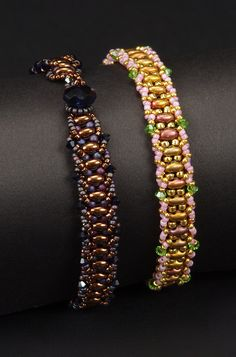 The technique used in this tutorial is flat spiral, with a bead/button and loop clasp. Materials needed for this project include Twin beads, size 11 seed beads, size 15 seed beads, 2.5mm crystals and a button or rondelle for the closure.