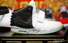 "Nike Air Yeezy 2 ""Oreo"" Custom"