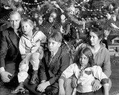 Family Posing With Christmas Tree Vintage 8x10 Reprint Of Photo Family Posing With Christmas Tree Vintage 8x10 Reprint Of Photo Here is a neat collectible of a family beside their Christmas tree. Vint