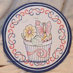 runde Karte mit Cupcake