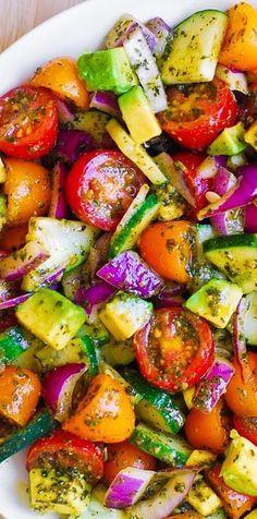 Healthy Salad Recipes, Vegetarian Recipes, Cooking Recipes, Vegetarian Salad, Cucumber Recipes, Cucumber Avocado Salad, Pesto Salad, Avocado Toast, Fresh Avocado