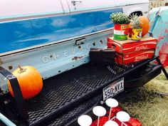 Tailgate Rocker. Vintage Lillies! Roundtop 2014 Fall show.