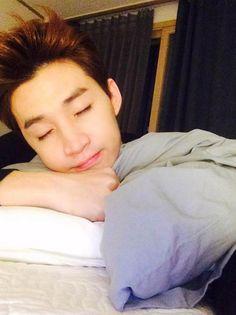 Super Junior's Henry asks sasaeng fans to let him sleep   allkpop.com