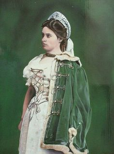 Hungarian Women, Royals, Historical Costume, Historical Dress, Court Dresses, Passementerie, Costumes For Women, Traditional Dresses, Nice Dresses