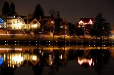 Enjoy a beautiful night of walking around Green Lake as you listen to live holiday music during the Pathway of Lights on December 14.