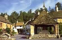 Escape to the Cotswolds : Towns & villages