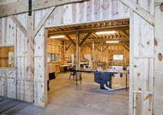 Commercial Barn Combination Barn project Gallery by Sand Creek Post & Beam. View this gallery for ideas on your next dream barn. Workshop Layout, Garage Workshop, Workshop Ideas, Woodworking Workshop, Woodworking Shop, Woodworking Plans, Garage Interior, Studio Interior, Barn Kits