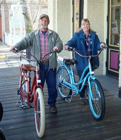 Another happy couple on their Pedego electric bikes. www.chelanelectricbikes.com
