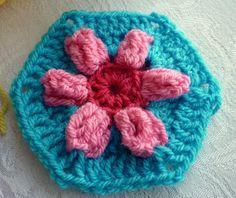 colour in a simple life: Puffed Daisy Hexagon