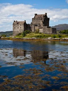 What a location! | Eilean Donan Castle | Scottish Landscape Photography | Contemporary, reportage wedding photography in Edinburgh, Glasgow and across Scotland - Archibald Photography