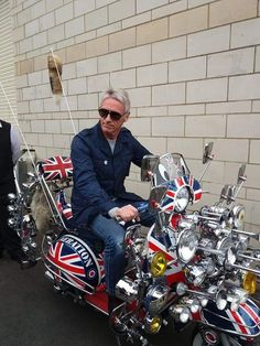 The Modfather: Paul Weller Mod Scooter, Lambretta Scooter, Vespa Scooters, The Style Council, Fred Perry Polo, Paul Weller, Best Mods, Motor Scooters, Mod Fashion