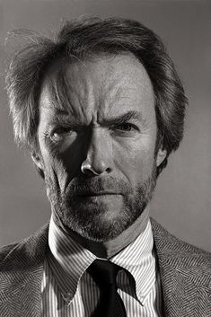 CLINT EASTWOOD (Dunway Enterprises) http://masterpaintingnow.com/how-to-draw-everything?hop=dunway
