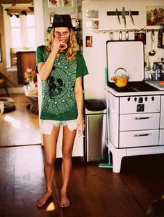 Erin Wasson does lazy Sunday in style