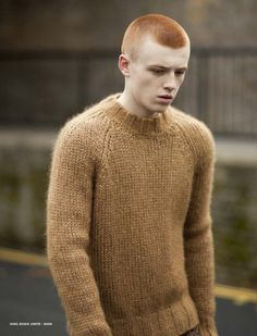 Tan | Fluffy sweater | Raglan sleeves | Knit jumper