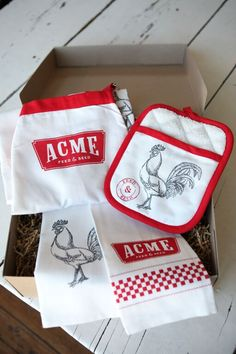 Some Acme kitchen essentials for the #Chef in your life. #KitchenWear #Cooking #HolidayGifts