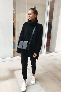 Black Joggers Outfit Gallery voguenouvelle in 2019 fashion athleisure fashion fall Black Joggers Outfit. Here is Black Joggers Outfit Gallery for you. Black Joggers Outfit missguided black loopback cargo joggers in 2019 outfits. Athleisure Fashion, Athleisure Outfits, Sporty Outfits, Mode Outfits, Fall Outfits, Woman Outfits, Autumn Outfits Women, Sneaker Outfits Women, Casual Winter Outfits