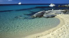 Great beach Naxos Greece, Exotic Beaches, Beach Activities, Greece Islands, Greece Travel, Mykonos, Places To See, Beautiful Places, Visit Greece