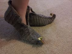 Shush's Handmade Stuff: Elf - crochet slippers pattern (FUN and FREE)