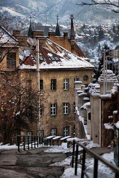 Sarajevo in snow, Bosnia and Herzegovina    Cdo vi esta foto, senti que estaba en casa.