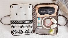 Your Carry-On Essentials for Healthy Holiday Travel | Apartment Therapy