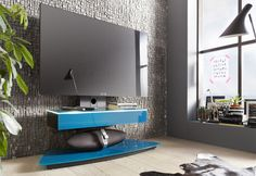 new york style  behinde  the  tv room  in black