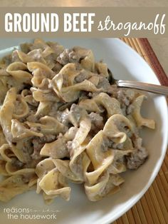 Ground Beef Stroganoff - a simple weeknight meal!this is what i call Poor Mans Beef Stroganoff. Beef Dishes, Food Dishes, Main Dishes, Meat Recipes, Cooking Recipes, Egg Noodle Recipes, Barbecue Recipes, Free Recipes, Recipies