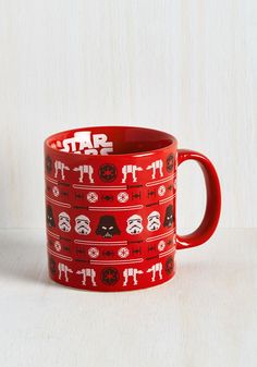 Each sip you take from this oversized mug is bound to taste better than the last! Why? Well, with black-and-white Star Wars icons printed in an ugly sweater design, this red ceramic vessel will continue to delight you as breakfast progresses.