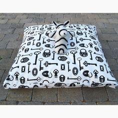(5) Fab.com | Bed & Toy Set Keys With Zebra