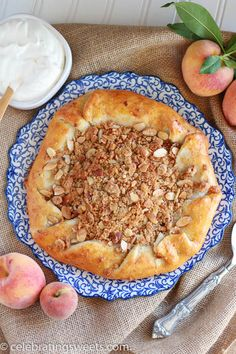 Rustic Peach Pie with Almond Crumble Topping - Simple, fresh, and ...