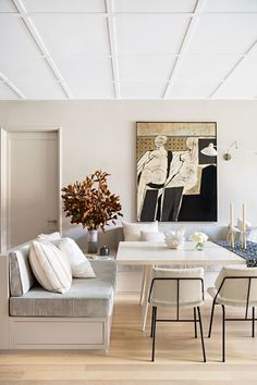 Like a successful lighting plan, the right paint color on your walls, ceilings, and even floor can improve a room tenfold. If you have always relied on eggshell white in the past, consider new hues that work best in certain directions of natural light | archdigest.com