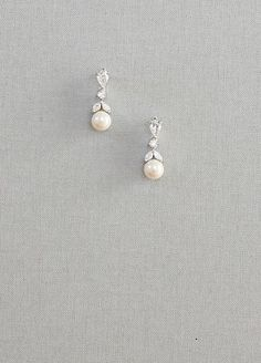 Earrings By Dior - Pearl Earrings By Dior -Pearl Earrings By Dior - Pearl Earrings By Dior - Pearl Back drop necklace has been designed with Swarovski pearls, crystals and bead accents to create an elegant bridal necklace. Our nec. Pearl And Diamond Earrings, Diamond Studs, Pearl Jewelry, Crystal Earrings, Bridal Jewelry, Dior Earrings, Pearl Earrings Wedding, Gold Earrings, Bridal Necklace