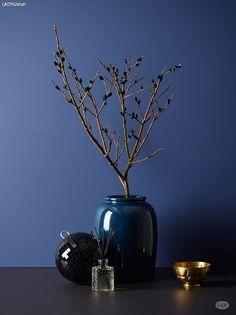 Complementary wall colour from Jotun, Pure Color 4625 Nordisk Blå Colour Schemes, Color Trends, Jotun Paint, Jotun Lady, Interior Wall Colors, Pantone 2020, Ideas Prácticas, Deco Blue, Blue Palette