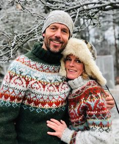 Best Picture For fair isle knittings leaf For Your Taste You are looking for something, and it is go Fair Isle Knitting Patterns, Sweater Knitting Patterns, Knitting Designs, Knitting Sweaters, Sock Knitting, Knitting Tutorials, Free Knitting, Mens Knit Sweater, Nordic Sweater