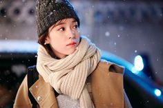 """Han Hyo Joo Is Literally Straight Out Of A Comic Book In New """"W"""" Stills"""