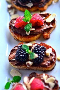 nutella and berry bruschetta