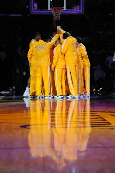 When The Los Angeles Lakers Are On 1 Accord, Stopping Them Is Near IMPOSSIBLE.